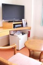 32型テレビ&DVDデッキが全客室に設置しております