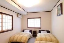 ●「大野」OHNO :畳ベッド3台(3名様:エキストラ布団で1名追加可能)洗面所・クロ-ゼット