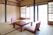 ●「佐々里」SASARI:8畳和室(4〜5名様)縁側・洗面台・クロ-ゼット