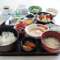<朝食一例>目覚めのからだにやさしい和朝食。