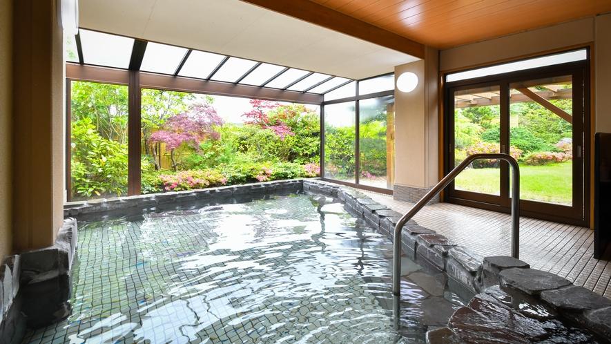 ●半露天風呂
