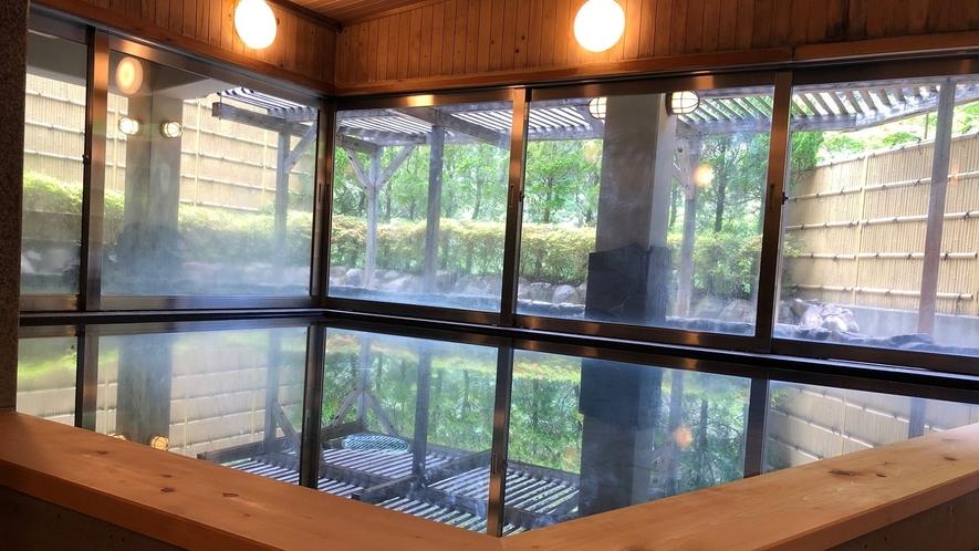 龍神産の木材を使用した内風呂