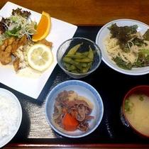 *【ご夕食一例】延岡発祥!名物「チキン南蛮」の定食です