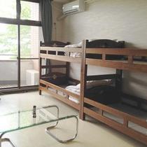 *【洋室】コミュニティセンター(宿泊施設棟)の2階にある二段ベッドのお部屋です