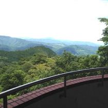 *【当館からの景色】標高868mから眺める景色は抜群です