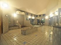 【大浴場】ラドン湯・泡風呂・打たせ湯・露天風呂・水風呂・サウナなど