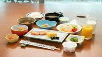 *朝食(一例)/ほっとする和食を中心にご用意致します。