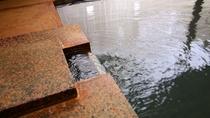 【温泉・内湯】マタギの里に湧く天然温泉を源泉かけ流しでお楽しみいただけます。