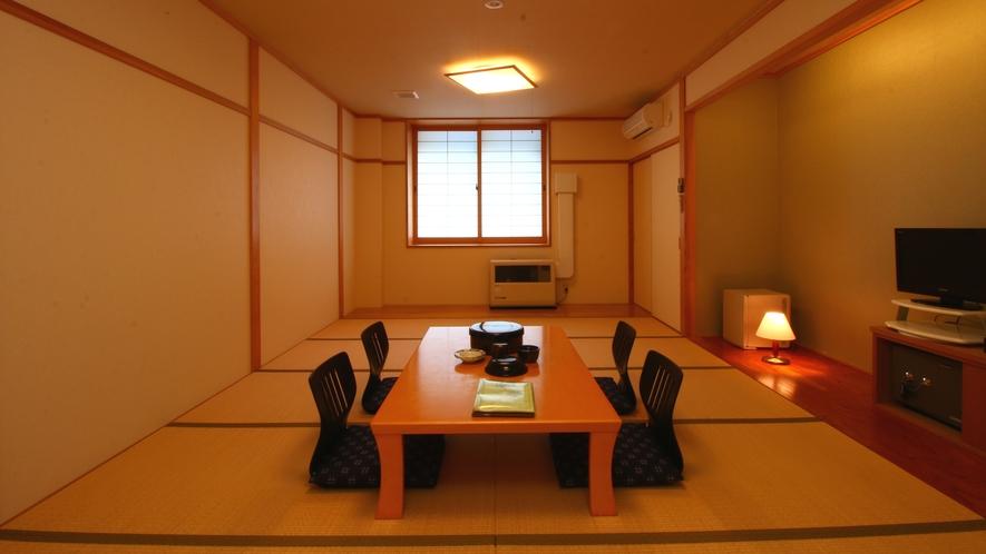 【別館和室12畳】広々とした和室は6名様までご利用いただけます。