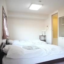 【部屋】ツイン/ダブルベッド+セミダブルベッドの広々ツイン
