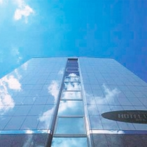 *外観/下田の中心街にあるシンプルでスタイリッシュなホテル。ビジネス、観光にご利用ください。