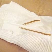 *部屋設備一例/タオル、浴衣、ハミガキセット、ドライヤー完備。