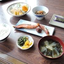 *【朝食一例】日替わり定食