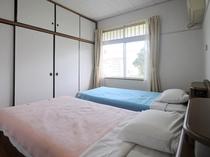 【客室】シングルベッド2台のツインルーム