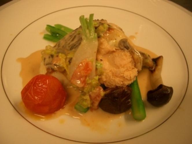 鯛のポアレ バンブランソース