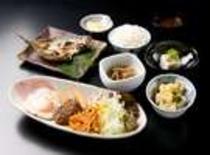 【とれとれ亭】和洋朝食セット(一例)