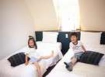室内イメージ☆4人ベットルーム