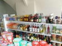 【売店】アルコールも豊富♪