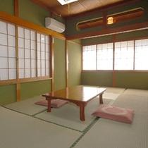 ■客室(一例)■豪華な設備はございませんが気持ち安らぐ和室です