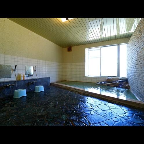 大浴場お風呂は24時間ご利用OK!お好きな時間に何度でもご入浴ください♪(1)
