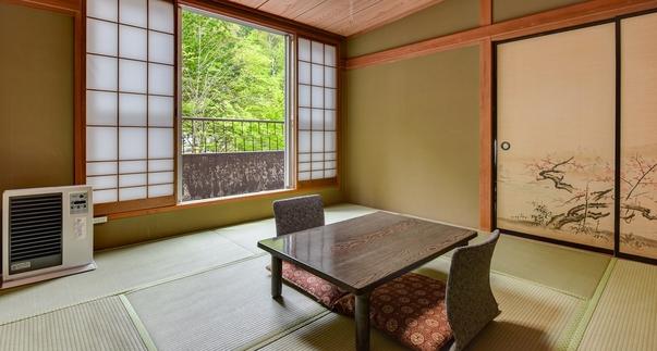 【禁煙】自然に包まれた山側 和室8畳(洗面・トイレ共用)