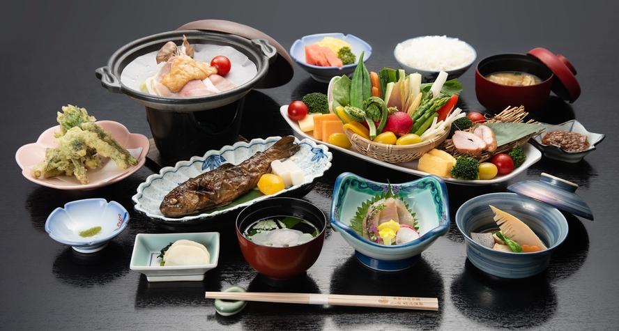 *【夕食】信州・山の恵みべジプラスコース/お料理全体(一例)