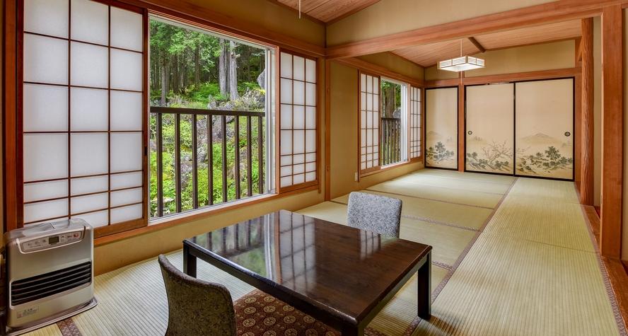 *【和室16畳(山側)】自然に包まれた山側のお部屋