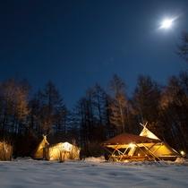 *【冬季:グランピングテント】夜外観