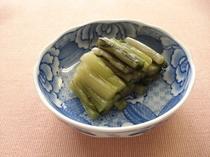 自家製野沢菜漬け 冬のお客様にお出ししています。