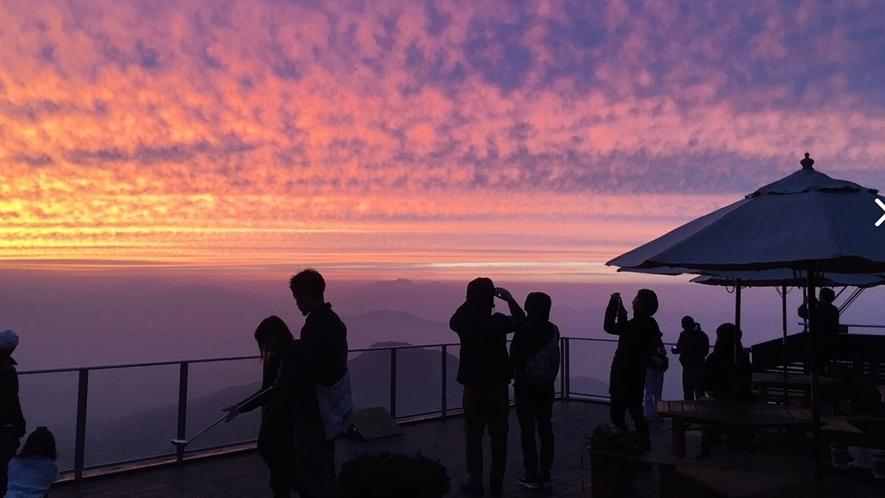 【ソラテラス】夕焼けは幻想的。