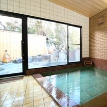 「蛍の湯」源泉かけ流しの大浴場 露天風呂併設(時間で男女交代いたします)