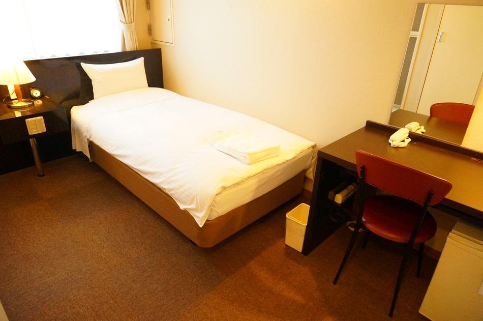 シングルルーム(ベッド幅90cm)