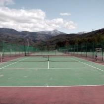 ホテル専用テニスコート