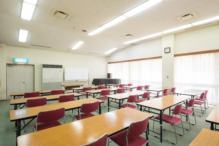 研修室 会議などの使用例