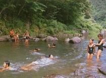 夏の天城・川遊び