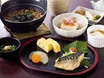 朝食(和食・大和の茶粥セット)