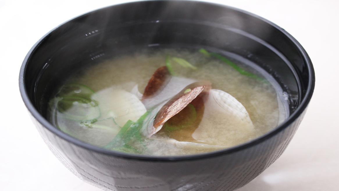*【夕食一例】稚貝の味噌汁