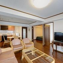 *【客室】(2LDK)リビングキッチンもしっかり広めなので、食材を買ってホームパーティも◎!