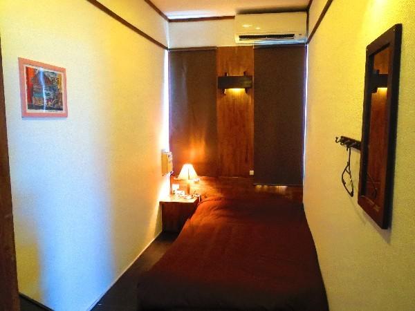 個室 ダブルルーム17号室