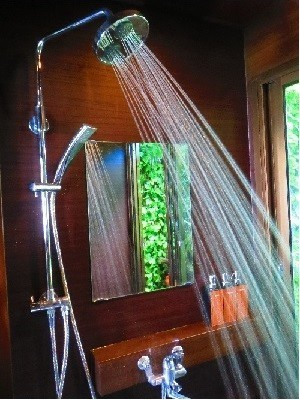 女性シャワールーム