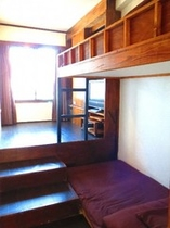 個室 ツインルーム 18号室