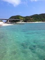 慶留間島港付近