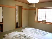 お部屋は和室がメイン。畳の上でぐっすりと
