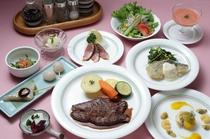 オードブル、肉、魚料理からデザートまで