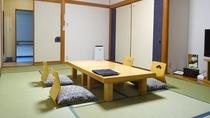 客室一例/和室12畳。グループやお家族でのご宿泊にオススメ!