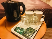 ポット・煎茶・紅茶パックをご用意しております。