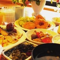 無料朝食バイキング◆和洋のバイキングスタイルでボリューム満点!お好きなものをお好きなだけどうぞ♪