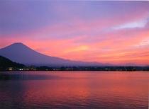 〇夕日の富士山(芙蓉荘前からの景色)