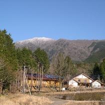 標高570メートルの自然豊かな環境にあるキャンプ場です。