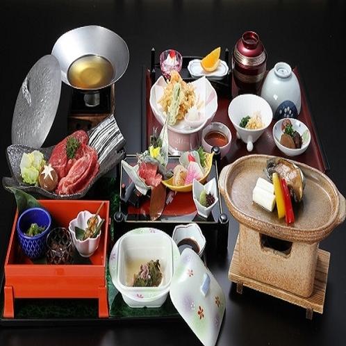 お食事をもっと楽しみたいというお客さまへグレードアッププランをご用意しました。※お料理内容は月替わり